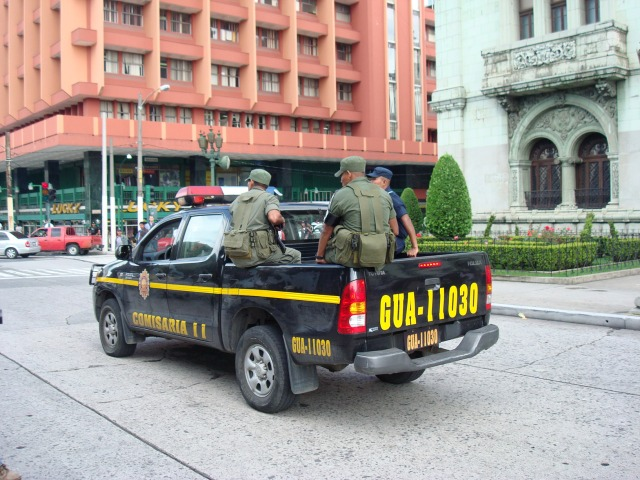 Joint military-police patrol in front of the National Palace, Guatemala City, in violation of the 1996 Peace Accords.